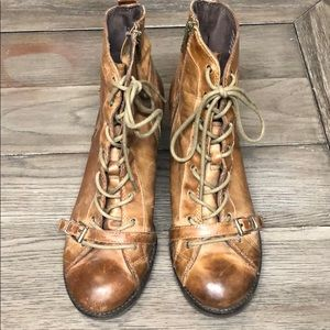 OTBT Floyd brown lace up boots size 7.5